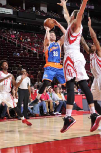 Jimmer playing for the Shanghai Sharks