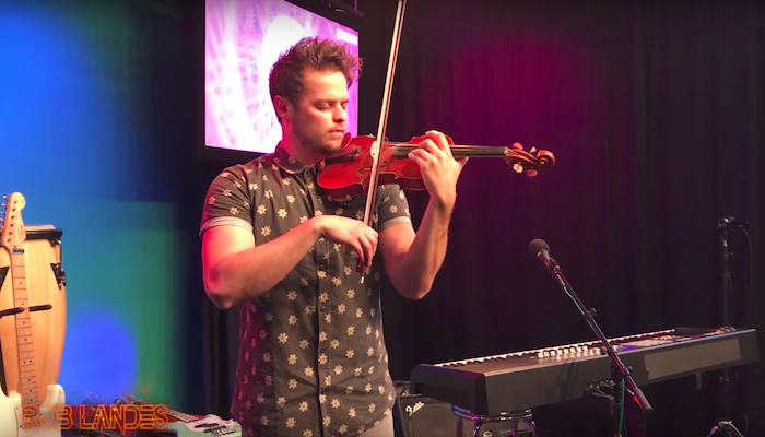 "Loop Pedal Violinist Plays ""Numb,"" a Tribute to Lead Singer of Linkin Park"
