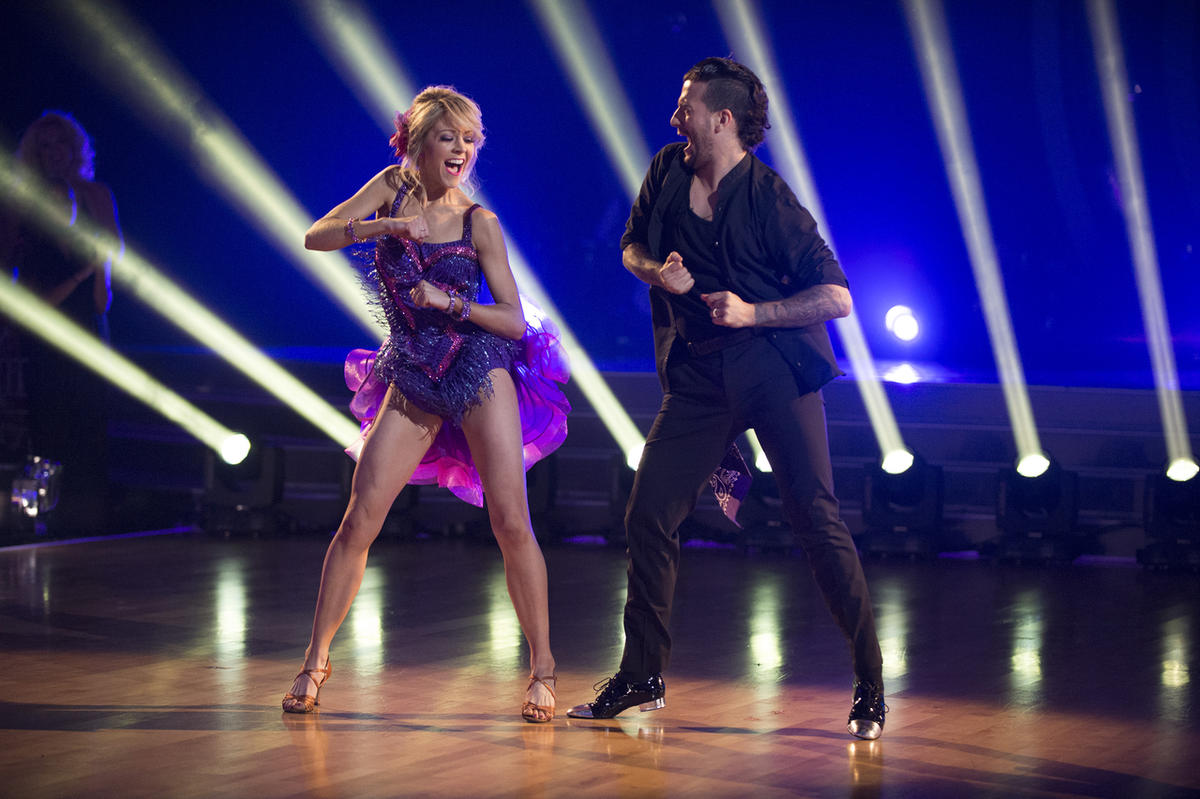 Lindsey Stirling and Mark Ballas Score 24/30 on DWTS