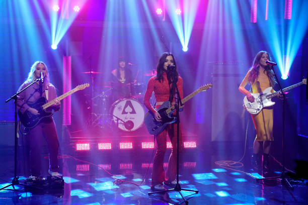 Provo's Girl Band, The Aces, Sing on Seth Meyers