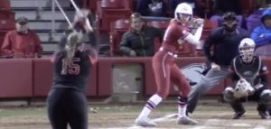 Arkansas-softball-star-Danielle-Gibson-hits-home-run-cycle