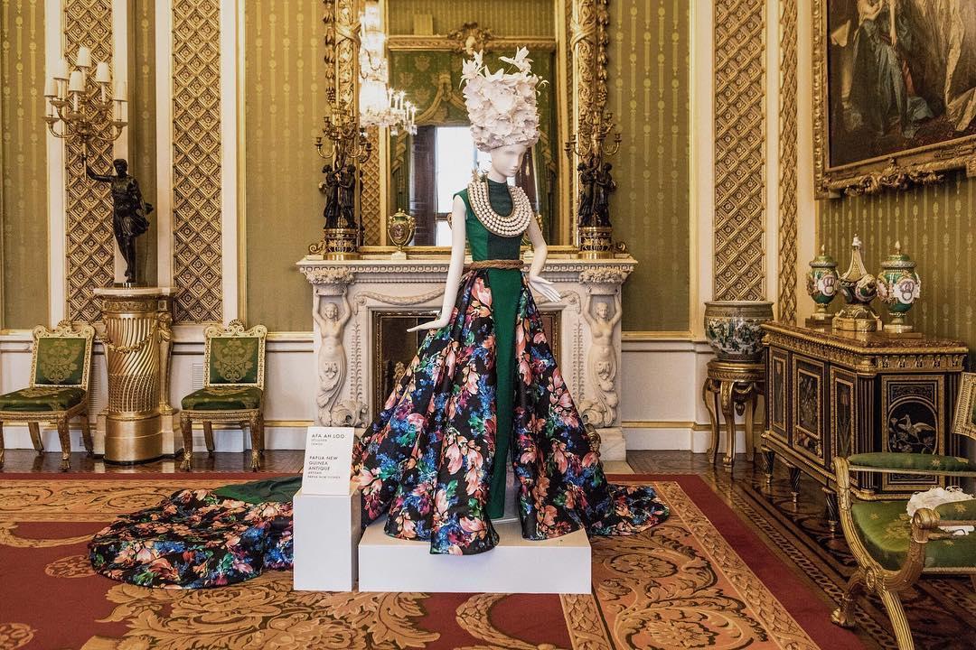 Afa Ah Loo - Buckingham Palace